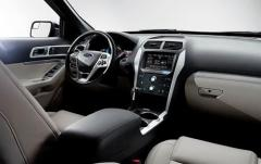 2012 Ford Explorer interior