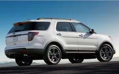 2013 Ford Explorer Photo 4