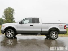 2004 Ford F-150 Photo 4