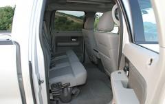 2004 Ford F-150 interior