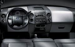 2008 Ford F-150 interior