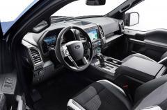 2017 Ford F-150 interior