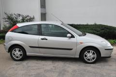 2004 Ford Focus Photo 8