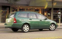 2004 Ford Focus exterior
