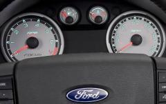 2010 Ford Focus interior