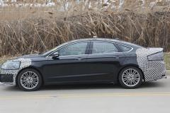 2017 Ford Fusion Photo 2