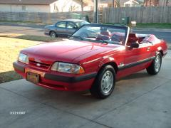 1990 Ford Mustang Photo 2
