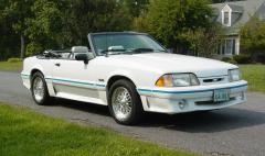 1991 Ford Mustang Photo 4