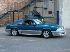1993 Ford Mustang Photo 2