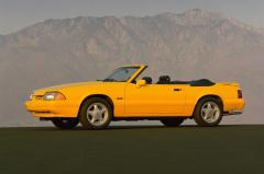 1993 Ford Mustang Photo 4