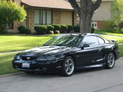 1998 Ford Mustang Photo 2