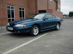 1998 Ford Mustang Photo 3