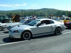 2001 Ford Mustang Photo 3