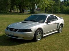 2001 Ford Mustang Photo 4
