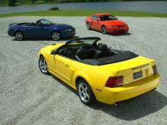 2004 Ford Mustang Photo 3