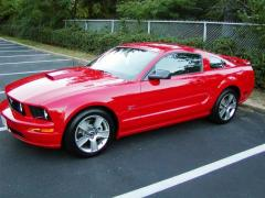 2007 Ford Mustang Photo 3