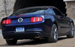2011 Ford Mustang exterior