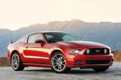 2013 Ford Mustang Photo 1