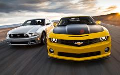 2013 Ford Mustang V6 Coupe Photo 5