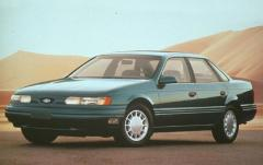 1992 Ford Taurus exterior