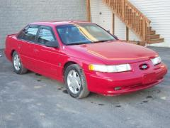 1994 Ford Taurus Photo 1