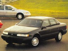1994 Ford Taurus Photo 2
