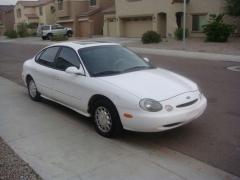 1996 Ford Taurus Photo 5