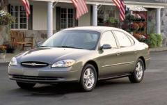 2002 Ford Taurus Photo 3