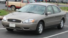 2004 Ford Taurus Photo 8