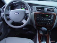 2004 Ford Taurus Photo 38