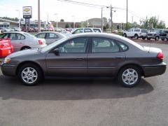 2005 Ford Taurus Photo 3