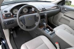 2008 Ford Taurus Photo 4