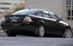 2008 Ford Taurus exterior