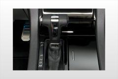 2010 Ford Taurus interior