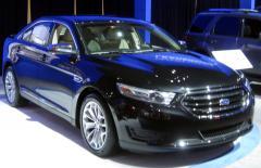 2012 Ford Taurus Photo 2