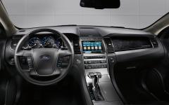 2012 Ford Taurus Photo 5