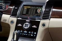 2013 Ford Taurus interior
