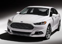 2015 Ford Taurus Photo 3