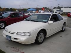 1995 Ford Thunderbird Photo 1