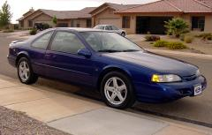 1995 Ford Thunderbird Photo 3