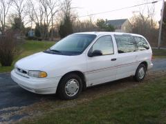 1995 Ford Windstar Photo 1