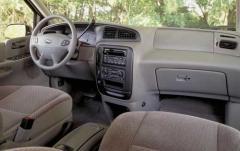 2002 Ford Windstar interior