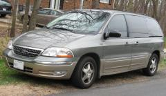 2003 Ford Windstar Photo 2