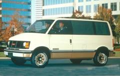 1992 GMC Safari exterior