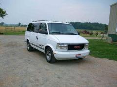 1998 GMC Safari Photo 3