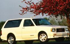 1992 GMC Typhoon exterior