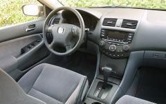 2003 Honda Accord interior