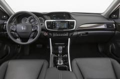 2016 Honda Accord interior