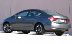 2014 Honda Civic LX Coupe 5-Speed MT Photo 4