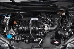 2016 Honda Fit exterior